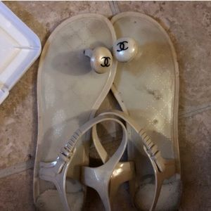 Shoes - Thing Sandals